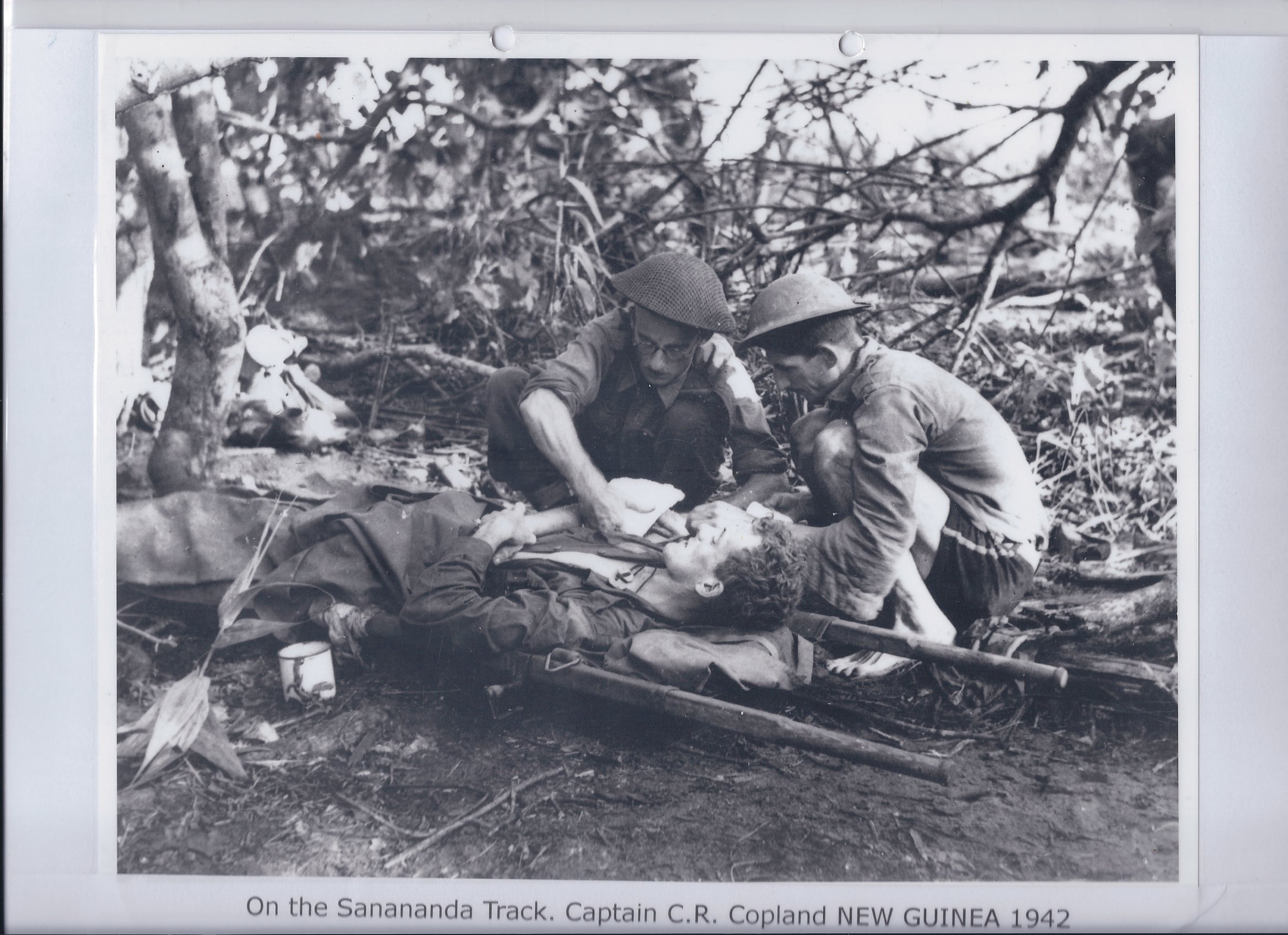 On the Sanananda Track. Captain C.R. Copland NEW GUINEA 1942